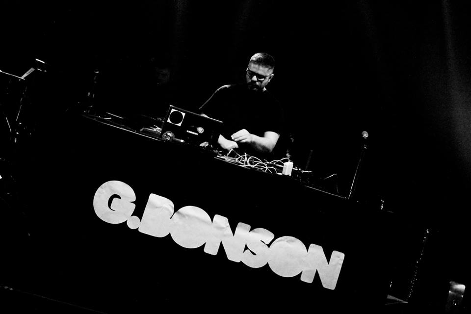 gbonson_temps_machine